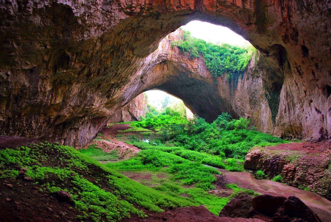 Devetashkata koobas